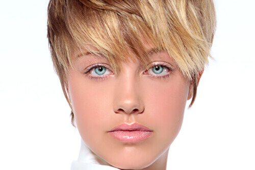 Beachy Blonde Hair Color with Lowlights