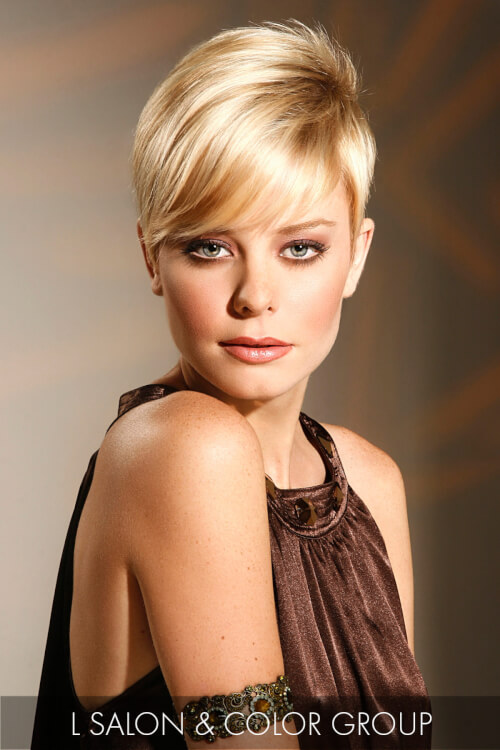 Short Hairstyle with Deep Side Part