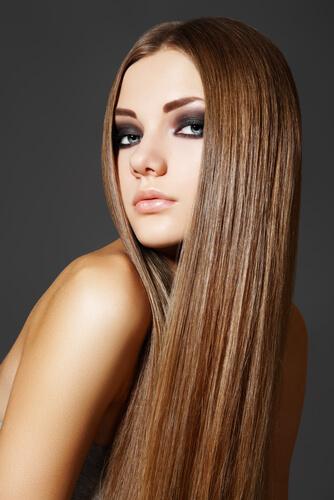 60's style honey brown hair