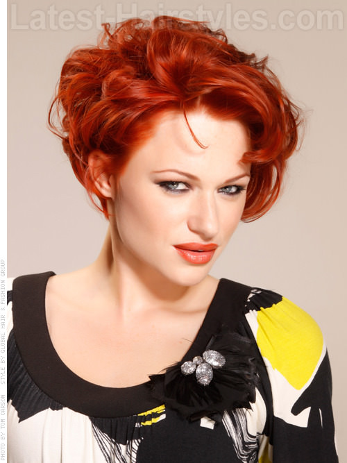 Short Haircut with Volume Texture and Vibrant Color