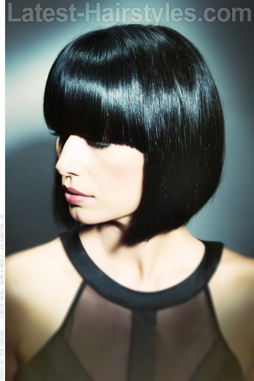 Sleek Geometric Bob Haircut