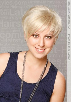 Short Hair Styles for Women Over 40