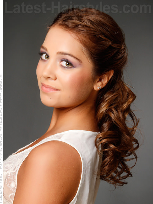 Curly Prom Twist Half Updo Look for Prom