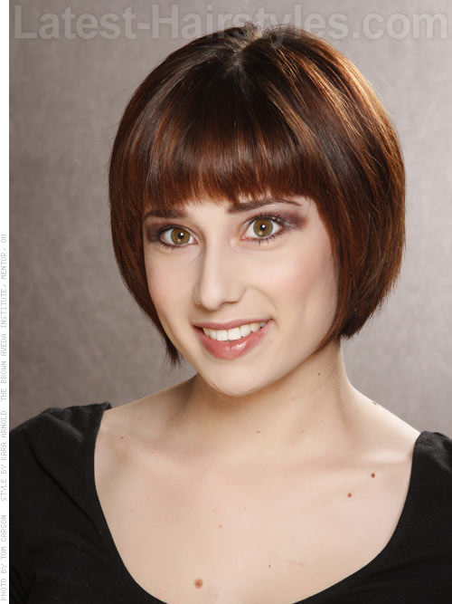 Sleek Highlighted Deep Brunette Bob with Short Bangs