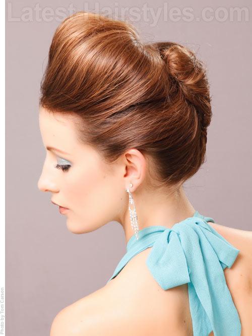 sleek-updo-winter-formal