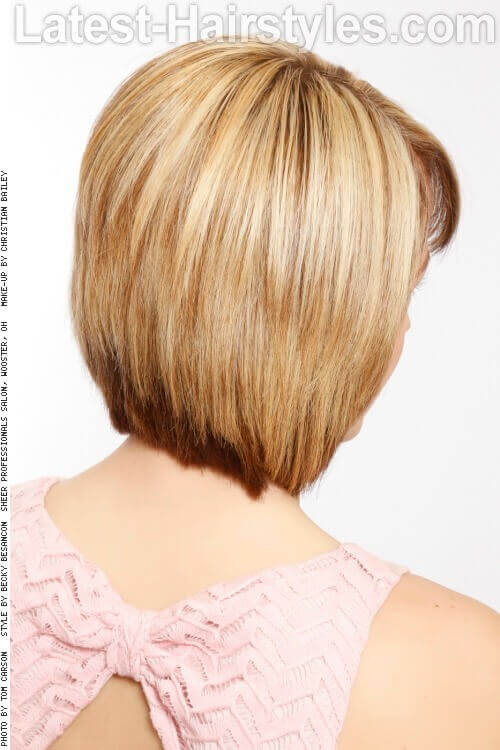 Short Sweet Hairstyle for Little Girls Back