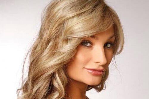 ash-blonde-curls-bangs-view-2