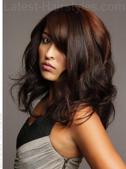 brunette long hair styles stunning ways to highlight your hair pics and tutorials 6941 | long brunette red highlights