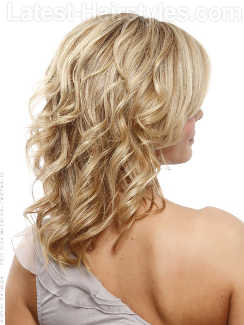 Blonde layers with curls 2