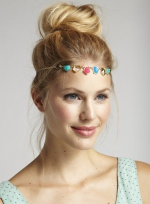 Amanda Judge hair accessory