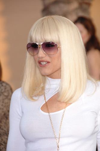 Gwen Stefani Celebrity Medium Length Blonde Celebrity Hairstyle