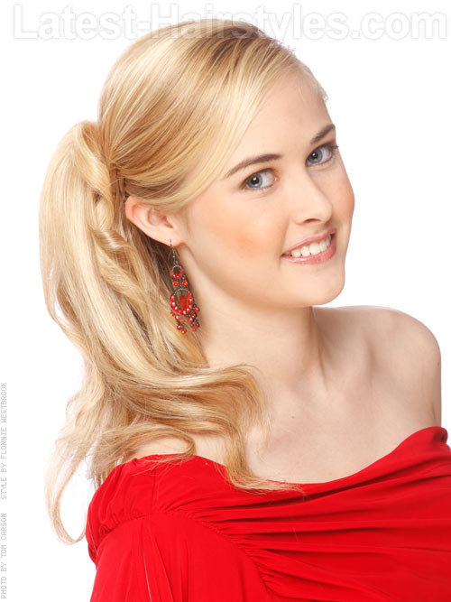 Light blonde hair color with ponytail angle