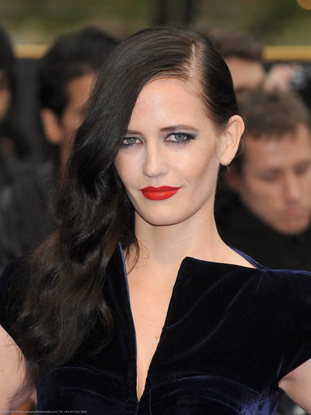 "Eva Green - ""Dark Shadows"" UK Premiere - Arrivals"
