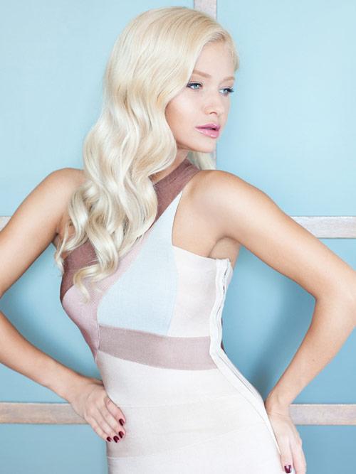 platinum-blonde-wavy-tresses