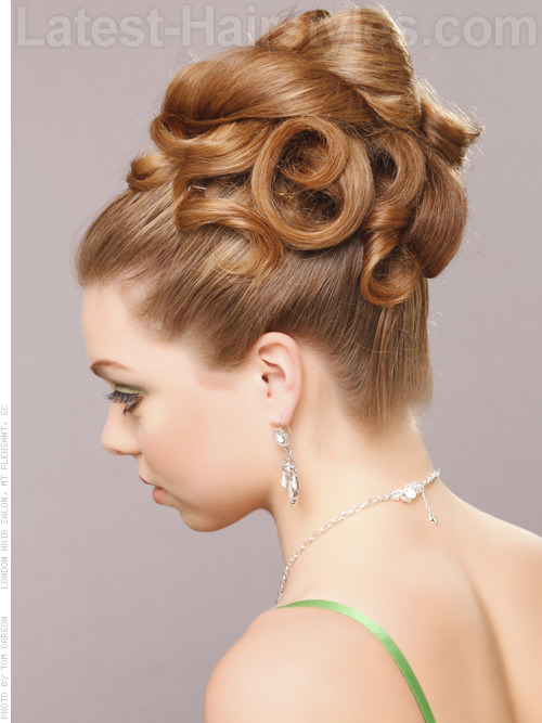 Grecian Lady Coiled Updo For Long Hair