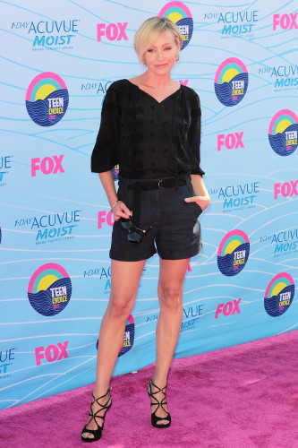 Portia De Rossi short hairstyle