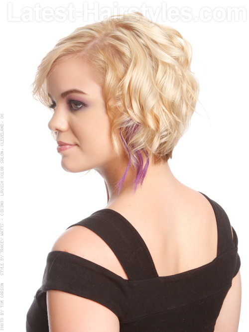 Short Blonde Piecey Casual Cut Lavender Highlights