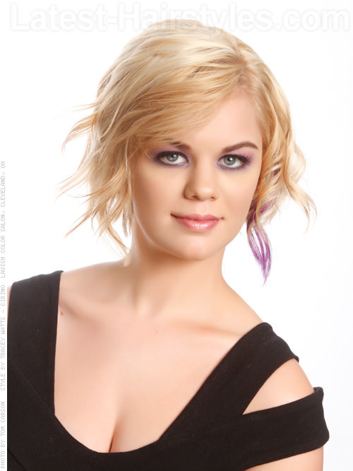 Short Blonde Piecey Casual Cut