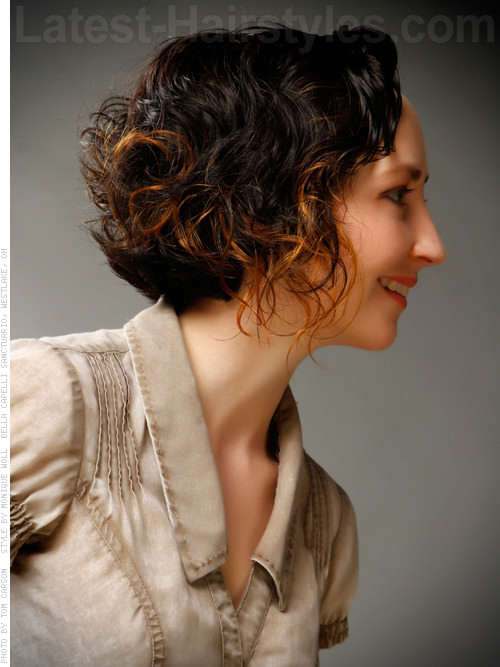 Short Hairstyle with Natural Curls Side View