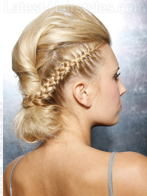 Gwen Stefani Inspired Creative Hairstyle with Side Braids