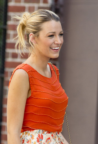 blake lively hair messy
