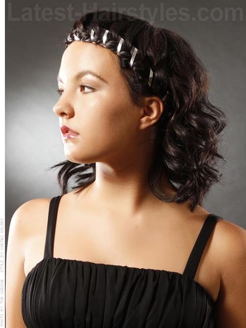 Fine 30 Curly Bob Hairstyles That Simply Rock Best Curly Bobs Short Hairstyles Gunalazisus