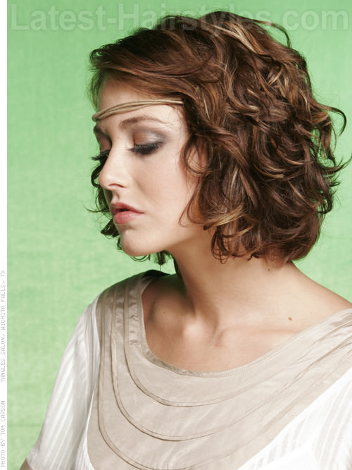 Hippy Chic Summer Style with Loose Curls Side View
