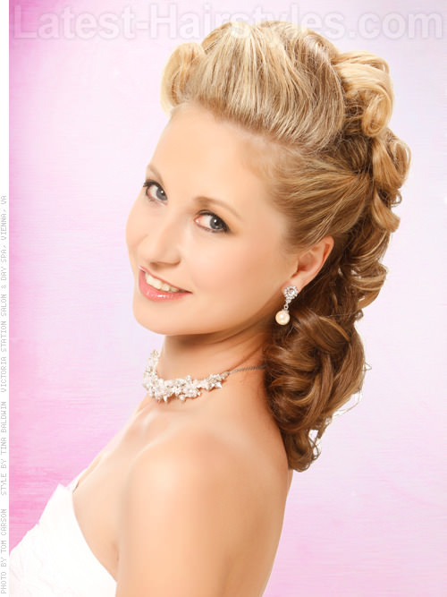 Retro Southern Belle Glamorous Side Updo for Prom