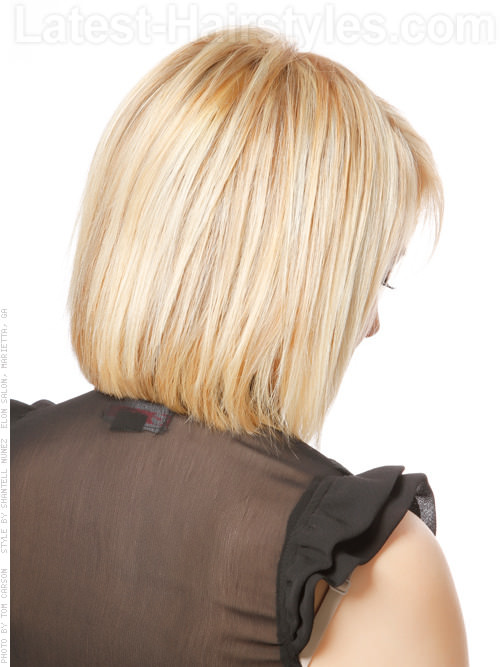 back view of medium layered haircuts 18 layered bob hairstyles so we want to try all of 2773