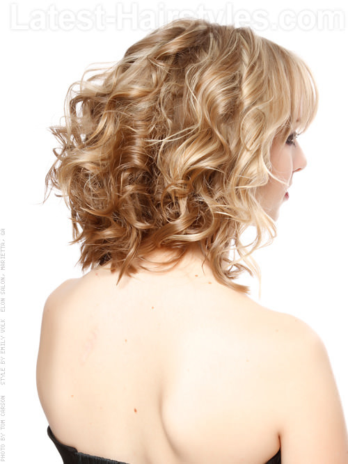 Beach Babe Waves Pretty Blonde Bob Hairstyle With Bangs