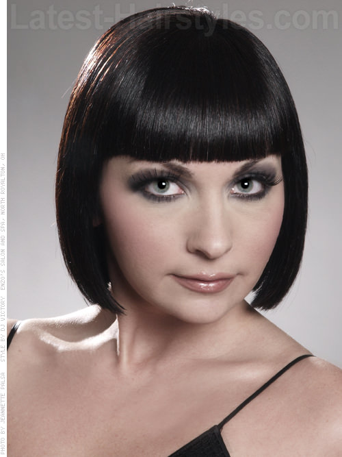 Cleopatra Look Blunt Bob with Fringe Front View