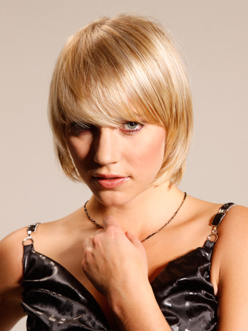 Short Blonde Textured Layered Bob with Long Fringe