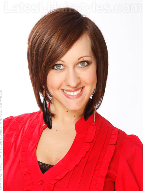 An example of layered bob hairstyles for over 40
