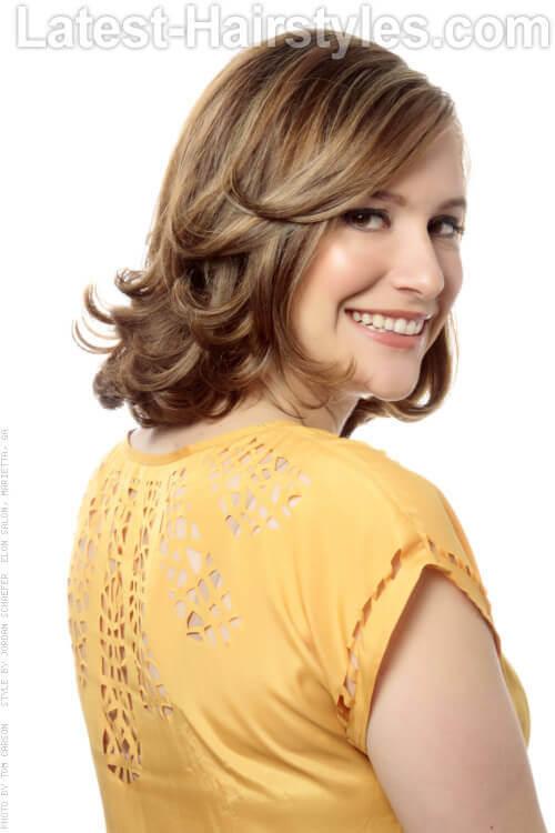 Fabulous 35 Super Cute Medium Haircuts And Hairstyles Hairstyles For Women Draintrainus