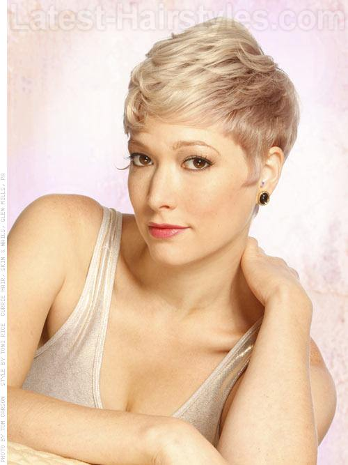 Perfect Pixie Blonde Look Short Haircut