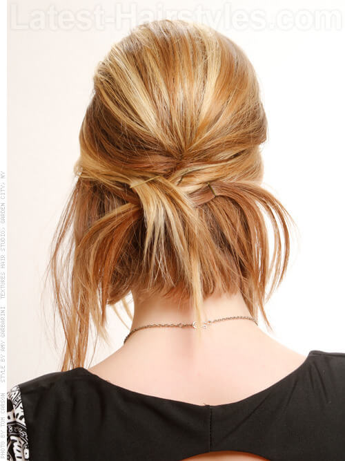 Warm Blonde Haircolor with Highlights Back View