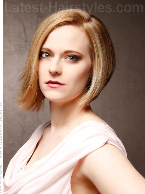 Asymmetrical Honey Blonde Highlights Hairstyle