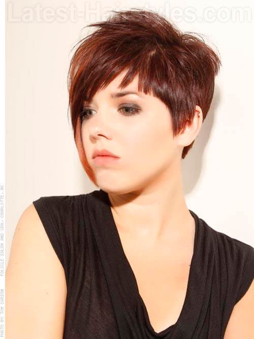 Pixie Perfect Sharp Angled Hairstyle for a Round Face Asymmetrical Look