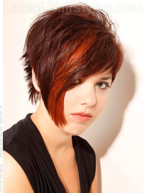 Pixie Perfect Sharp Angled Hairstyle for a Round Face
