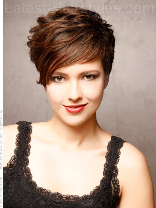 Sweet and Sassy Short Cropped SHaircuts for Round Faces
