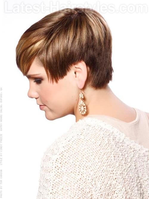 Coffee and Cream Highlighted Brunette Short Style Side View