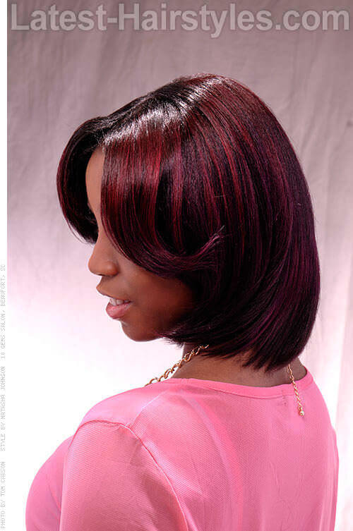 Bob Hairstyle with Middle Part Side