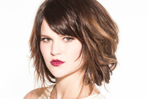 Women Hairstyles cute long hairstyles with bangs and layers for oval faces asian Short Textured Hairstyle For Thick Hair
