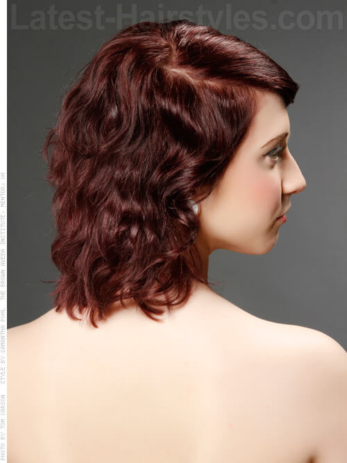 Wavy Bob with Side Part Side View