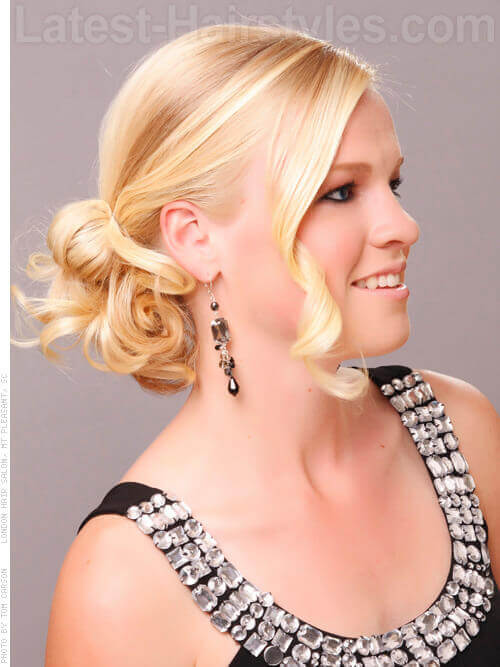 Caramel Brush Blonde Contrast Side View