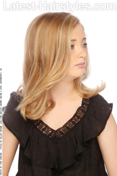 Fall Blonde Haircolor with Highlights Side