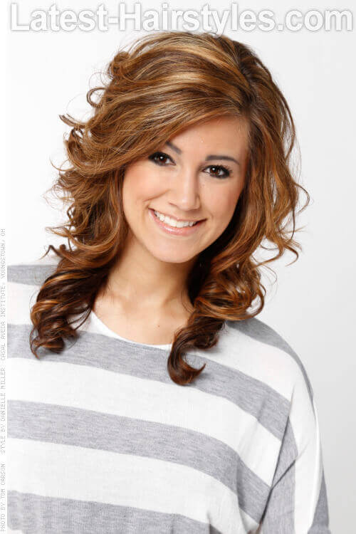 Layered Hairstyle with Curls