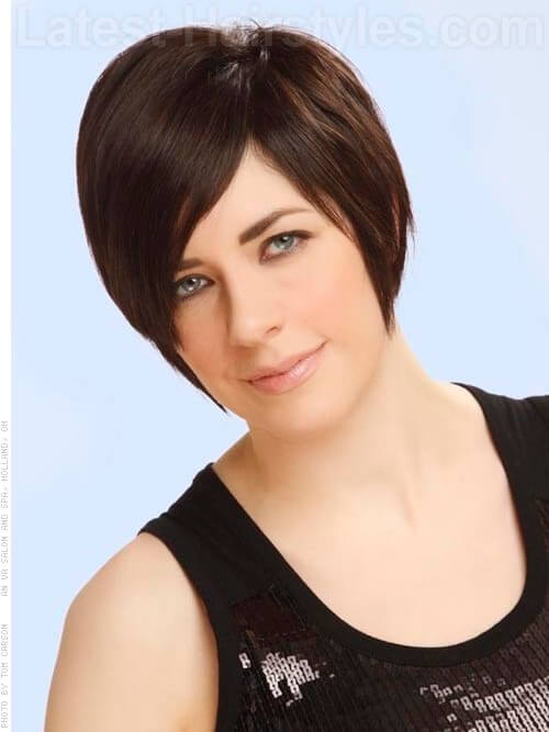 Long Pixie Short Swooping Hairstyle For Straight Hair