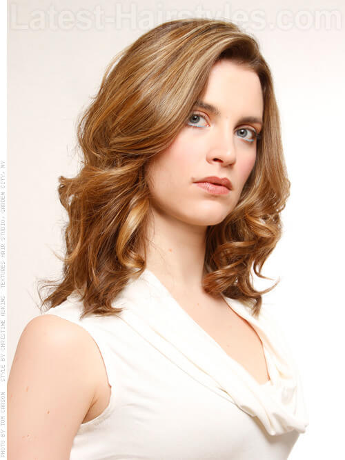Subtle Dimension Loose Brunette Style with Highlights