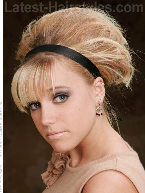 Different Banded Volume Blonde Hairstyle Side View